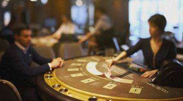 playing with friends in private poker rooms
